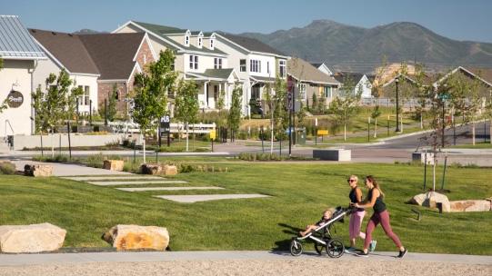 Highland Park Stroller Walk