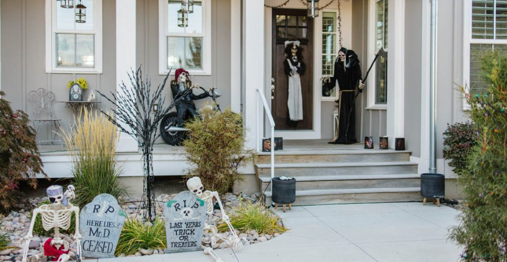 Daybreak homes, Halloween Decorations